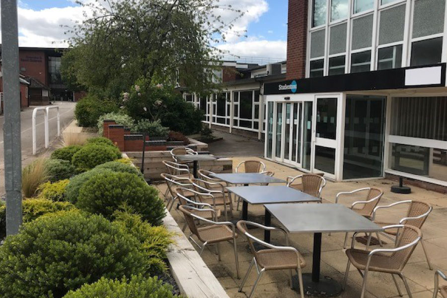WH Medical Courses | Pass PLAB 2 | Outside seating